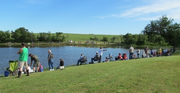 yates-center-kids-fishing-derby-kansas